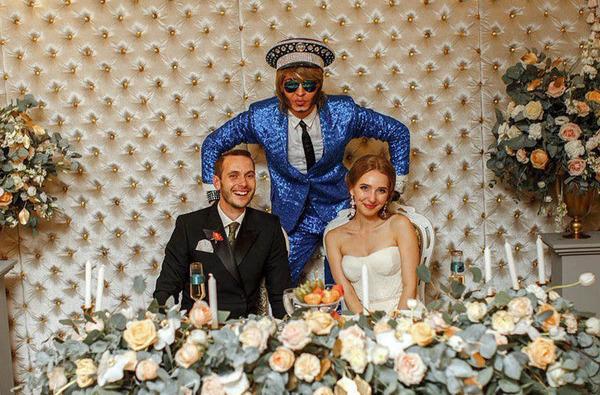 артисты на свадьбу. молодожены. свадьба